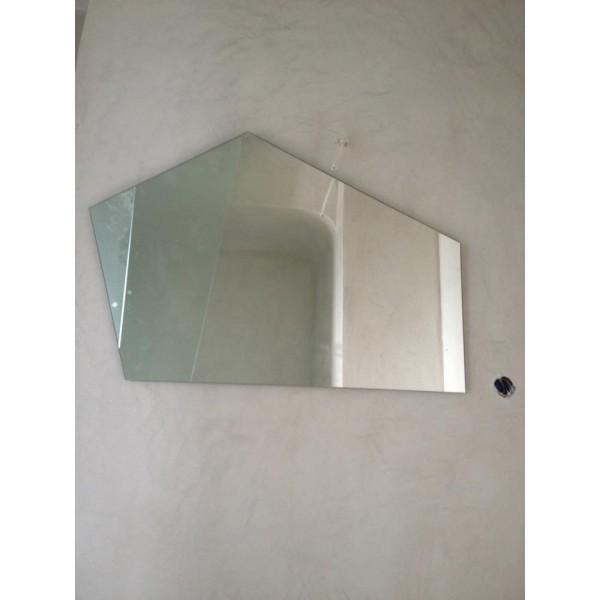 Απλά γραμμικά σχέδια καθρέπτη στην Οία Σαντορίνη 02 Καθρέπτες tzamia-korobokis.gr