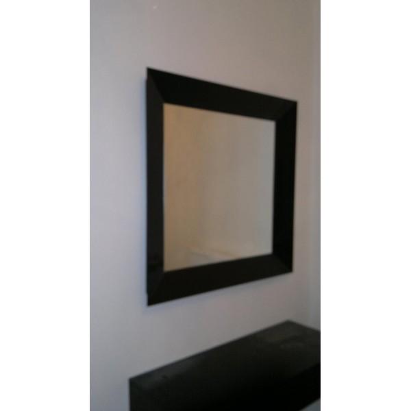 Καθρέπτης με γυάλινη μαύρη κορνίζα 03 Καθρέπτες tzamia-korobokis.gr