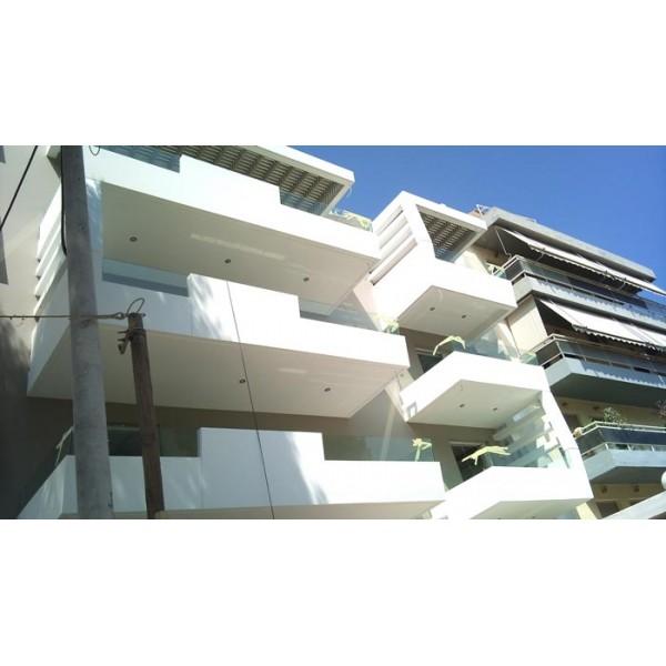 Γυαλί χωνευτό σε μπαλκόνι Πεύκη 01 Μπαλκόνια tzamia-korobokis.gr