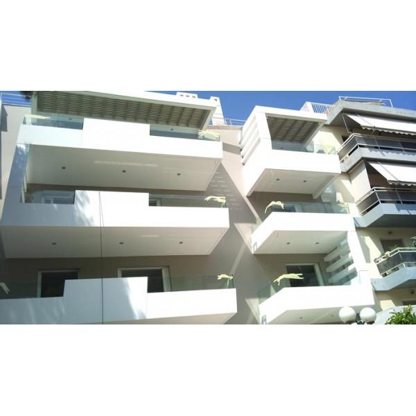 Γυαλί χωνευτό σε μπαλκόνι Πεύκη 02 Μπαλκόνια tzamia-korobokis.gr